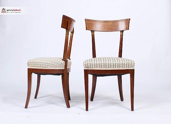 Galerie Balbach - Restaurieren und Polstern antiker Stühle